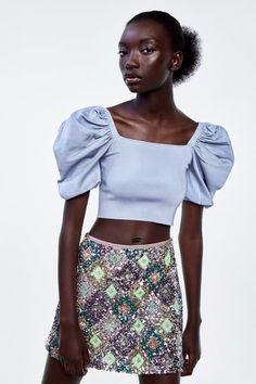 ZARA - Female - Balloon sleeve crop top - Blue - S Striped Crop Top, Striped Linen, Cropped Tank Top, Best Tank Tops, Crop Tops, Summer Suits, Silk Slip, Little White Dresses, Floral Midi Dress