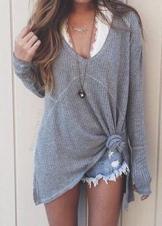 relaxed beachy style sweater and cut offs. perfect fall/ summer outfit