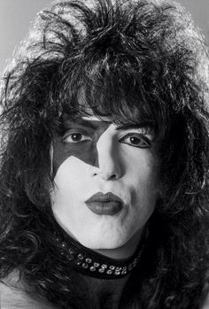 I love the pout♥ Kiss Images, Kiss Pictures, Gene Simmons, Kiss Rock, Eric Singer, Kiss Members, Vinnie Vincent, Eric Carr, Peter Criss