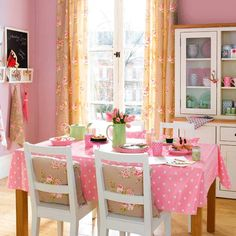 Permanent Link to : Simply Romantic Kitchen – Romantic Room Interior Design Decorations Ideas Pink Dining Rooms, Dining Room Colors, Dining Room Design, Dining Area, Kitchen Design, Dining Table, Romantic Kitchen, Romantic Room, Pink Houses