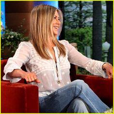 Jennifer Aniston style: Beautiful Blouse