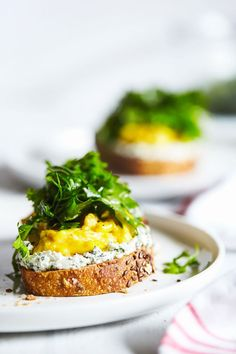 Scrambled eggs & herbed goat cheese toast