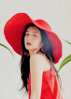 irene red velvet 'the red summer' comeback Red Velvet アイリーン, Red Velvet Irene, Kpop Girl Groups, Korean Girl Groups, Kpop Girls, Park Sooyoung, Seulgi, Red Velet, Red Hats