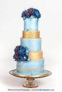 Lovely blue and gold wedding cake by Jelly Cake. Sequin Cake, Metallic Cake, Gold Cake, Unique Cakes, Elegant Cakes, Creative Cakes, Fondant Cakes, Cupcake Cakes, Cupcakes