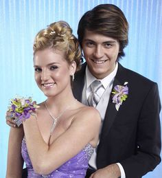 It's prom time, and such an exciting time as you search for just the right dress, the perfect shoes, schedule hair and nail appointments, and plan so many other details. Prom Flowers, Prom Night, Floral Fashion, Corsage, Fashion Photo, Hair And Nails, Dresses, Design, Vestidos
