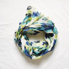 Apt 9 | Floral scarf Super cute water color inspired scarf. New with tags. Never worn • 11126 • Apt. 9 Accessories Scarves & Wraps
