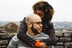 "Shamontiel wrote ""Zoosk vs Elite Singles"" #onlinedating #singlelife #singlehood #relationships (Photo credit: Justin Follis/Unsplash)"