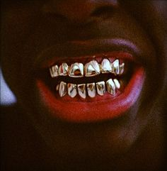gold teeth, i hate it Gangsta Grillz, Gold Grill, Run The Jewels, Gold Everything, Gold Teeth, Dental Humor, Beautiful Mind, All Smiles, French Braid