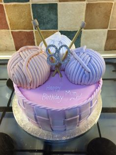 Knitting theme cake with basket weave