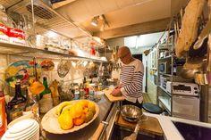 I型の部分と半島部分の高さが違うので、切った食材をボールや鍋に移す時にも作業がしやすい。