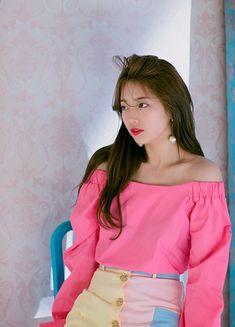 Bae Suzy Season Greetings B-cuts Bae Suzy, Beautiful Girl Photo, Beautiful Asian Girls, Korean Beauty, Asian Beauty, Girl Photo Download, Miss A Suzy, Idole, Le Jolie