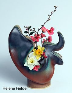 Work by Helene Fielder, a member of the Craftsmen's Guild of Mississippi. Flower Vases, Flowers, Mississippi, Sculpture Art, Craftsman, Stoneware, Tea Pots, Pottery, Clay