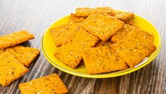 Crackers, Pizza, Biscotti, Cantaloupe, Semi, Finger Food, Brot, Pretzels, Finger Foods