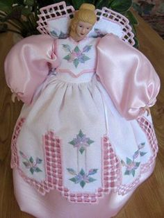 Gallery.ru / Фото #36 - Коллекция кукол - Изысканный гардероб - vitaviolet