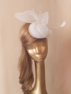 African Braids Hairstyles, Hat Hairstyles, Wedding Hairstyles, Bridal Veils And Headpieces, Headpiece Wedding, Fascinators, Wedding Hats, Wedding Veils, Ivory Fascinator