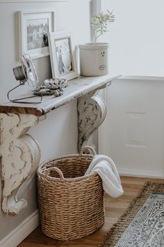 How To Decorate A Small Entrance with limited money and space. How I decorate our small entrance way in our small rancher for free. Key Factors to make your entrance way beautiful and inviting. Farmhouse Remodel, Farmhouse Style Kitchen, Country Farmhouse Decor, Modern Farmhouse Kitchens, French Country Decorating, Home Interior, Interior Design, Entrance Decor, Small Entrance Halls