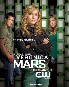 Série USA - Veronica Mars semble être au premier abord une adolescente ordinaire. En fait, la jeune fille s'emploie à résoudre les mystères les plus enfouis.