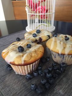 Blueberry Muffins that will make you wanna drop your diet