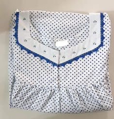 Cotton Saree Blouse Designs, Kurti Neck Designs, Kurti Designs Party Wear, Sleeves Designs For Dresses, Necklines For Dresses, Latest Silk Sarees, Cotton Nighties, Nightgown Pattern, Baby Frocks Designs
