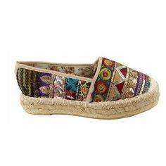 Hoy os traemos el calzado perfecto para las segundas Pascuas: alpargatas estilo étnico. ¡Sabemos lo que se lleva! #sabateriaGaros #etnico #moda #alpargata #espardenya #fashion #estilo #style #zapatoetnico #estiloetnico #fashionblogger #outfitoftheday #itgirl #iloveit #cool #casual #Castellon #casualstyle #modafashion #blogger #bloggerscastellon #look #etnies #shoes