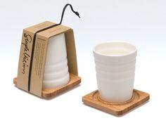 Milchig süßen Cup & Coaster durch einfache Vision von SimpleVision