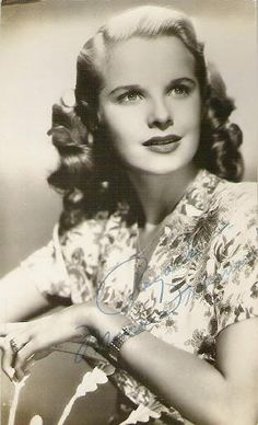Mona Freeman born as Monica Elizabeth Freeman in Baltimore, Maryland on 9 June 1926. She died 23 May 2014 in Beverly Hills, California