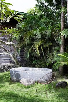 Backyard Mirage - Outdoor Bathtubs We Wouldn't Be Able To Get Out Of - Photos