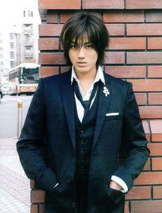 赤西仁 Jin Akanishi (ex. Akanishi Jin, Japanese Men, Japanese Artists, Johnny Was, Asian Men, My Beauty, Cute Boys, Boy Bands, Beautiful Men