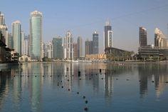 Impresionante mar de rascacielos en Dubái, Emiratos Árabes. Visita mi web para ver más fotografías de Dubái: https://unachicatrotamundos.wordpress.com/2016/07/30/que-ver-en-dubai-en-una-escala-de-12-horas/