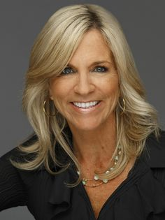 Janet Gothard takes pride in offering a premier level of personalized real estate service. Based in the Willis Allen Rancho Santa Fe office, Janet specializes in North San Diego coastal properties.