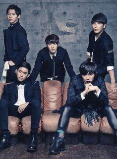 """FTISLAND ➖ 4th Japanese album """"NEW PAGE"""" Asian Actors, Korean Actors, Korean Drama Movies, Korean Dramas, Hong Ki, Men Are Men, Ft Island, Korean K Pop, Fnc Entertainment"""