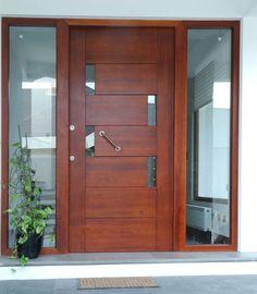 Pintu & jendela modern oleh ignisterra s. House Main Door Design, Wooden Main Door Design, Door Design Interior, Small House Design, Front Door Entryway, Wood Front Doors, Entrance Doors, Wooden Doors, Midcentury Front Doors