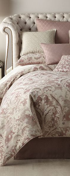 Victoria Orchid Bedding