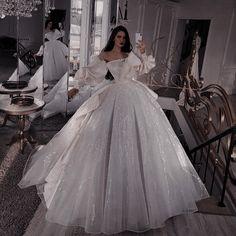 Princess Ball Gowns, Princess Wedding Dresses, Wedding Gowns, Ball Gowns Fantasy, Fantasy Dress, Elegant Dresses, Pretty Dresses, Ball Gown Dresses, Prom Dresses