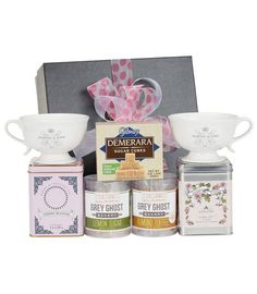 Make #MothersDay memorable with a tea gift set for mom!