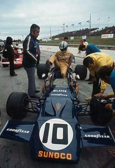 Mark Donohue - McLaren M19A Ford Cosworth DFV - Penske-White Racing - XI Canadian Grand Prix - 1971