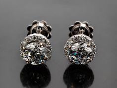 Gewicht: ca. 3,7 g. WG 750. Diamant Reports von IGI Nr. F6G21858 und Nr. F6F94270 vom Dezember 2013 liegen vor. Klassisch schöne Ohrstecker mit...