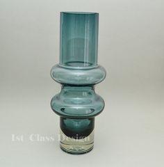 Solmuke vase designed by Tamara Aladin in 1966 for Riihimäen Lasi Oy - Finland, sold by 1stClassDesign, €100.60