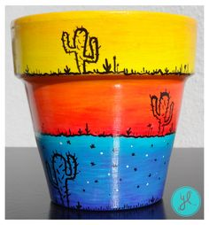 Y Luciana. Painted Plant Pots, Painted Flower Pots, Flower Pot Crafts, Clay Pot Crafts, Christmas Toilet Paper, Decorated Flower Pots, Cactus Pot, Cool Art Projects, Pottery Painting