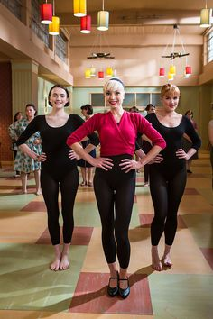 Charlotte Ritchie as Nurse Barbara Gilbert, Helen George as Nurse Trixie Franklin and Emerald Fennell as Nurse Patsy Mount | Call the Midwife S5 E1