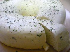 Comidas que NÃO existem: Mousse de 2 queijos e alho
