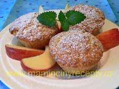 Rychlé jablečné muffiny Cupcakes, Breakfast, Food, Morning Coffee, Meal, Cupcake, Essen, Hoods, Cupcake Cakes