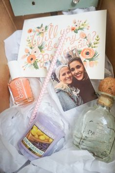 5 steps to making bridesmaids' boxes | Kayla's Five Things | how to ask your bridesmaids | DIY bridesmaids boxes