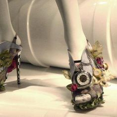 Nicholas Kirkwood Haute Couture Shoes Are a Nod to the White Hare