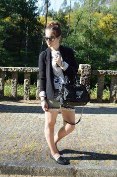 #looks #outfits #2017 #verano #summer #luztieneunblog #Mickeymouse #cita #findesemana #entretiempo #casual #mocasines #primavera #trendy #clase #compras #diario #chic #verano #sport #jeans #azul #otoño #deportivo #primavera #fashionblogger #blogger #vigo