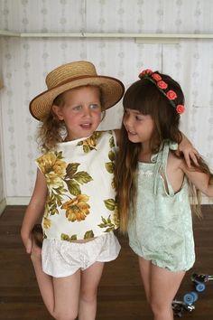 tendencia en moda infantil estampado floral
