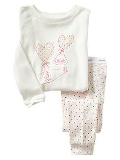 I might be getting tired of snaps all day everyday and am trying out new pjs. Baby Girl Pajamas, Cute Pajamas, Girls Pajamas, Pajamas Women, Cute Toddler Girl Clothes, Toddler Girl Outfits, Kids Outfits, Baby Girl Fashion, Kids Fashion