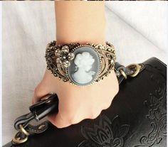 Bracelete camafeu retro
