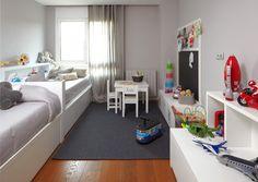 Amueblar una habitación infantil compartida #hogar #decoración #habitación #infantil #juvenil #compartida #camas #blanco www.hogardiez.com.es