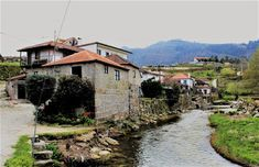 Sentir Gondar: Ovelhinha - Gondar Cabin, Mansions, House Styles, Rural House, Arquitetura, Manor Houses, Cabins, Villas, Mansion